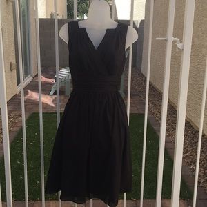 WHBM Sleeveless Cotton V-Neck Dress